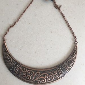 Papparazzi brass bib necklace